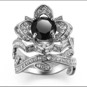 BRAND NEW,925 SILVER 2pc. FLOWER RING